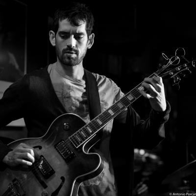 Jaume Llombart (2016) in Jimmy Glass Jazz Club. Valencia.