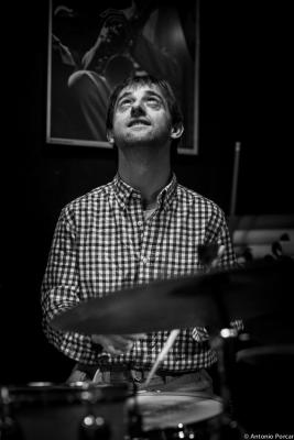 Marc Miralta (2014) in Jimmy Glass Jazz Club. Valencia.