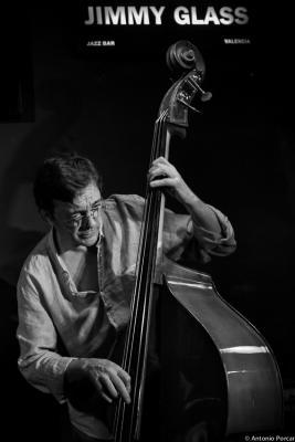 Javier Colina (2014) in Jimmy Glass Jazz Club. Valencia.