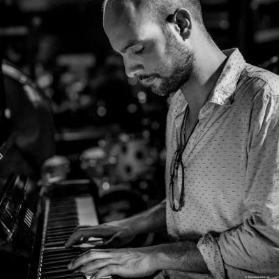 Shai Maestro (2016) in Jimmy Glass Jazz Club. Valencia.