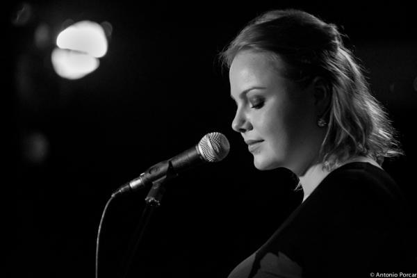 Viktorija Pilatovic (2014) at Jimmy Glass Jazz Club. Valencia.