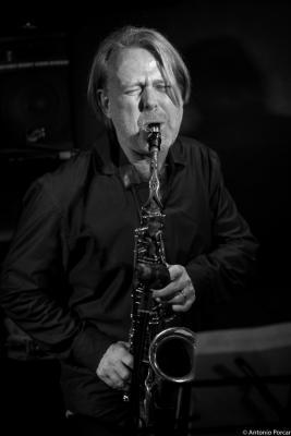 John O'Gallagher (2016) in Jimmy Glass Jazz lub. Valencia
