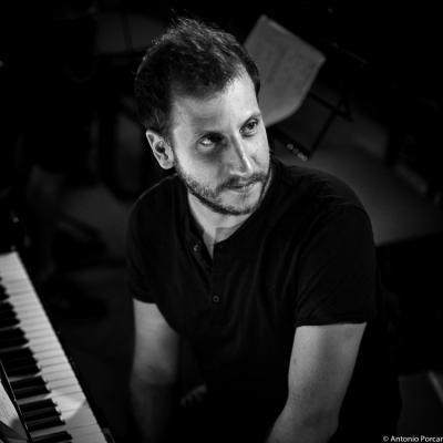 Alberto Palau (2015) in Jimmy Glass Jazz Club. Valencia.