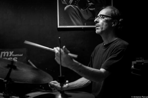 Andrea Michelutti (2015) in Jimmy Glass Jazz Club. Valencia