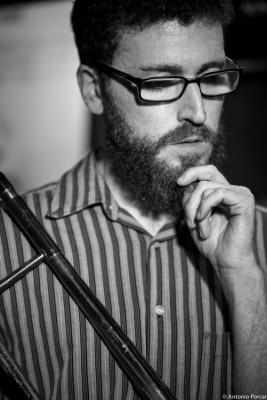 Vicent Pérez (2015) in Jimmy Glass Jazz Club. Valencia.