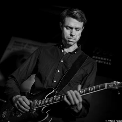 Mikkel Ploug (2015) in Jimmy Glass Jazz Club. Valencia.