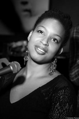 Erin Corine Johnson (2015) in Jimmy Glass Jazz Club. Valencia