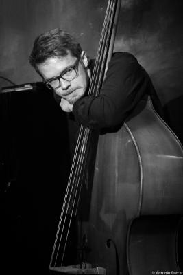 Joel Illerhag (2015) en Jimmy Glass Jazz Club. Valencia.
