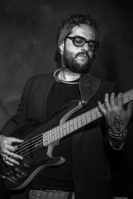 Munir Hossn (2017) at Jimmy Glass Jazz Club. Valencia.
