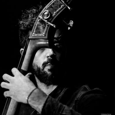 Petros Klampanis (2016) in Jimmy Glass Jazz Club. Valencia.