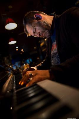 Lucian Ban (2017) in Jimmy Glass Jazz Club. Valencia
