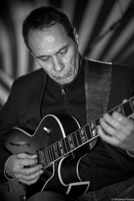 Yves Brouqui (2015) in Avui Jazz. Vila-real