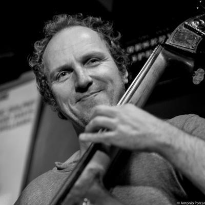 Hans Glawischnig (2015) in Jimmy Glass Jazz Club. Valencia.