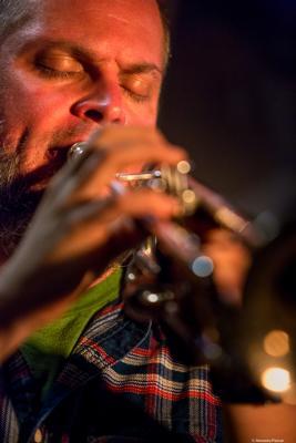 Nate Wooley (2016) in Jimmy Glass Jazz Club. Valencia