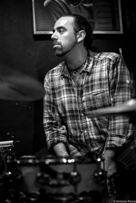 Sergio Martínez (2015) in Jimmy Glass Jazz Club. ValenciaJazz, Musician, Drums, Bateria, Drummer, ドラム
