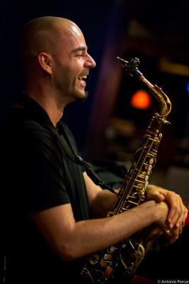 Luís Verde (2015) in Jimmy Glass Jazz Club. Valencia.