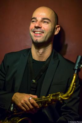 Luís Verde (2015) in Jimmy Glass Jazz Club. Valencia.