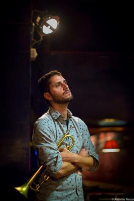 Pepe Zaragoza (2015) in Jimmy Glass Jazz Club. Valencia.