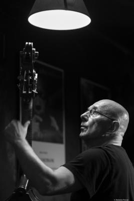 Rudi Engel (2016) in Jimmy Glass Jazz Club. Valencia.