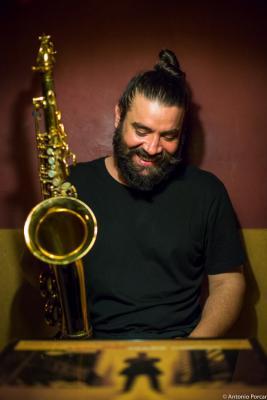 Javier Vercher (2015) in Jimmy Glass Jazz Club. Valencia.
