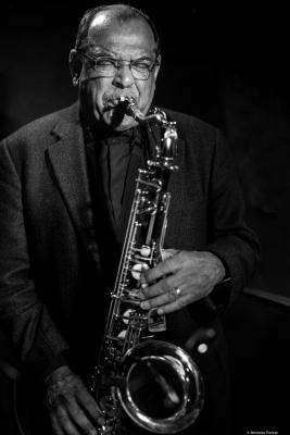 Ernie Watts (2016) at Jimmy Glass Jazz Club. Valencia.