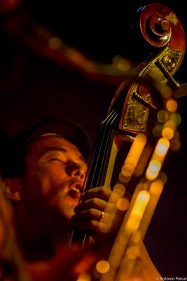 Masatoshi  Kamaguchi (2015) in Jimmy Glass Jazz Club. Valencia.