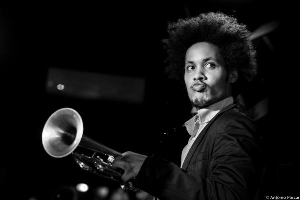 Carlos Sarduy (2015) en Jimmy Glass Jazz Club. Valencia.