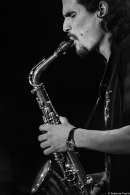 Alexey León (2015) en Jimmy Glass Jazz Club. Valencia.