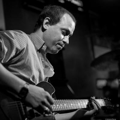 Kurt Rosenwinkel (2016) in Jimmy Glass Jazz Club. Valencia.