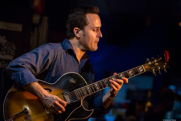 Jonathan Kreisberg (2017) at Jimmy Glass Jazz Club. Valencia.