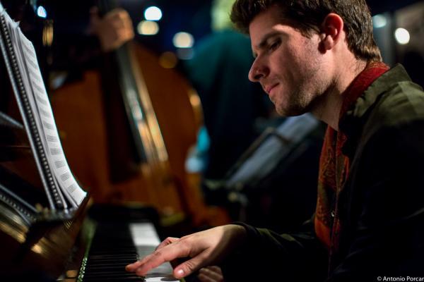 Marco Mezquida (2015) in Jimmy Glass Jazz Club. Valencia.