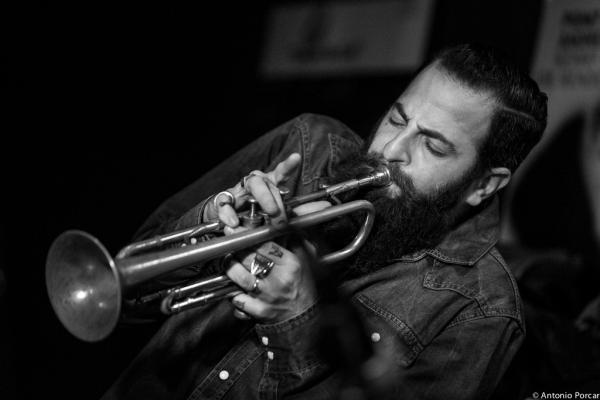 Avishai Cohen (2014) in Jimmy Glass Jazz Club. Valencia.