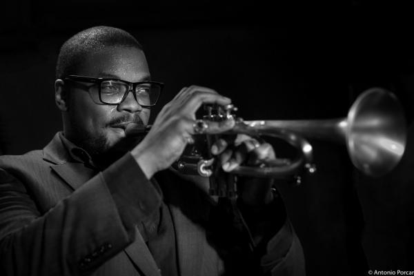 Jeremy Pelt (2015) in Jimmy Glass Jazz Club. Valencia.