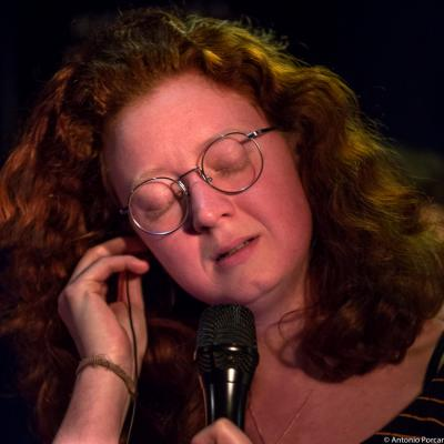 Sanne Huijbregts (2016) in Jimmy Glass Jazz Club. Valencia