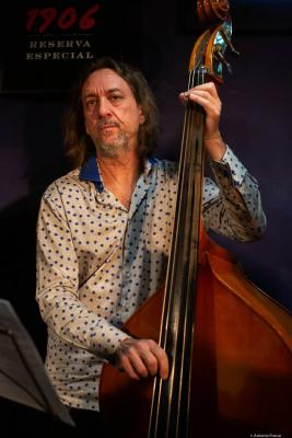 Arthur Kell (2020) at Jimmy Glass Jazz Club. Valencia