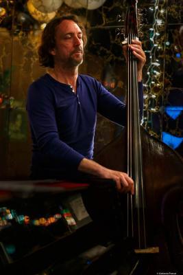 Arthur Kell (2014) at Arthur's Tavern. NYC