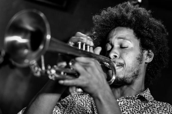 Carlos Sarduy (2016) en Jimmy Glass Jazz Club. Valencia.