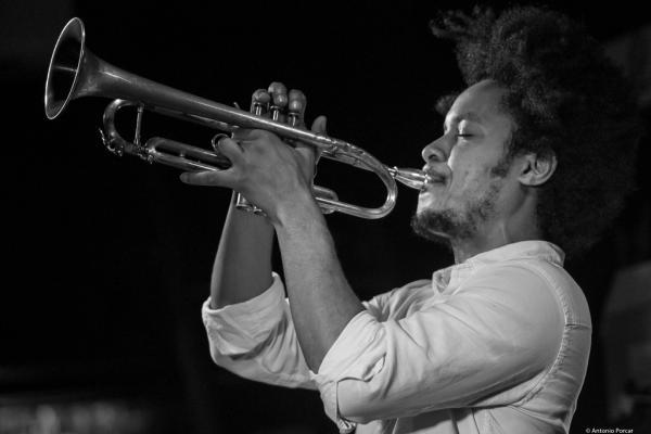 Carlos Sarduy (2017) at Jimmy Glass Jazz Club. Valencia.