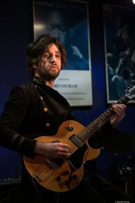 Charles Altura (2020) at Jimmy Glass Jazz Club. Valencia.