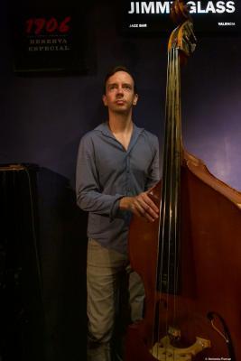 Desmond White (2019) at Jimmy Glass Jazz Club. Valencia.