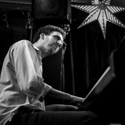 Elan Mehler at Les Zygomates. Boston, 2018.