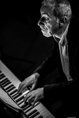 Fabio Miano (2019) at Jimmy Glass Jazz Club. Valencia