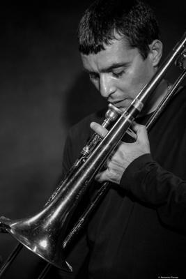 Gianluca Petrella (2017) at Jimmy Glass Jazz Club. Valencia.