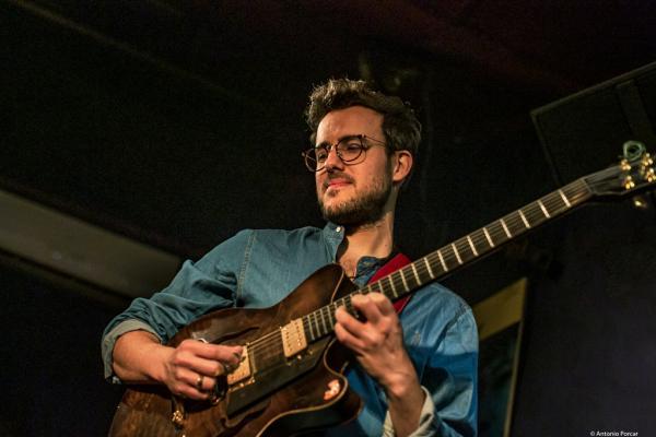 Gilad Hekselman (2019) at Jimmy Glass Jazz Club. Valencia.