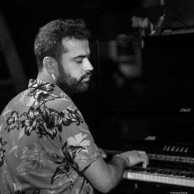Giovanni Guidi (2017) at Jimmy Glass Jazz Club. Valencia.