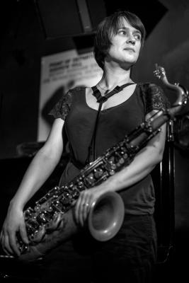 Ingrid Laubrock (2016) in Jimmy Glass Jazz Club. Valencia.