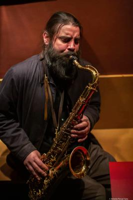 Javier Vercher (2020) at Jimmy Glass Jazz Club. Valencia.