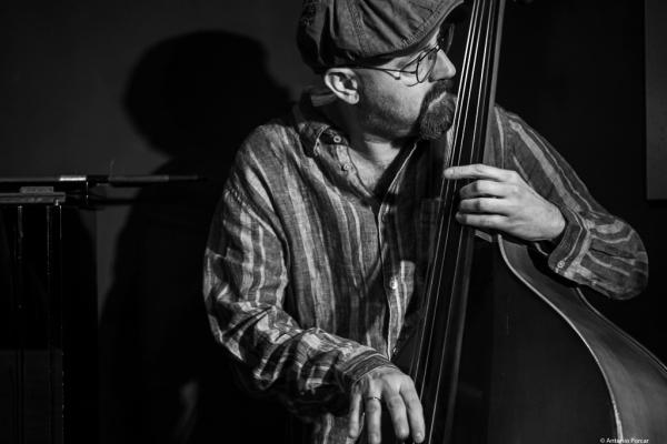 John Hébert (2018) iatJimmy Glass Jazz Club. Valencia.