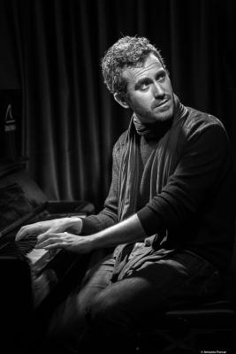 José Carra (2018) at Clarence Jazz Club. Málaga.