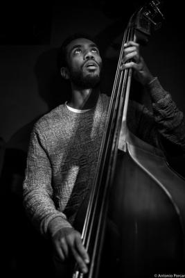 Joshua Crumbly (2015) in Jimmy Glass Jazz Club. Valencia